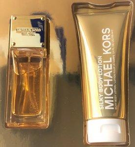 Michael Kors Sexy Amber gift set 50 ml eau de parfum + 100 ml Body Lotion